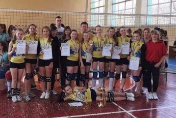 Дівчата з Ланівців стали призерками чемпіонату України з волейболу