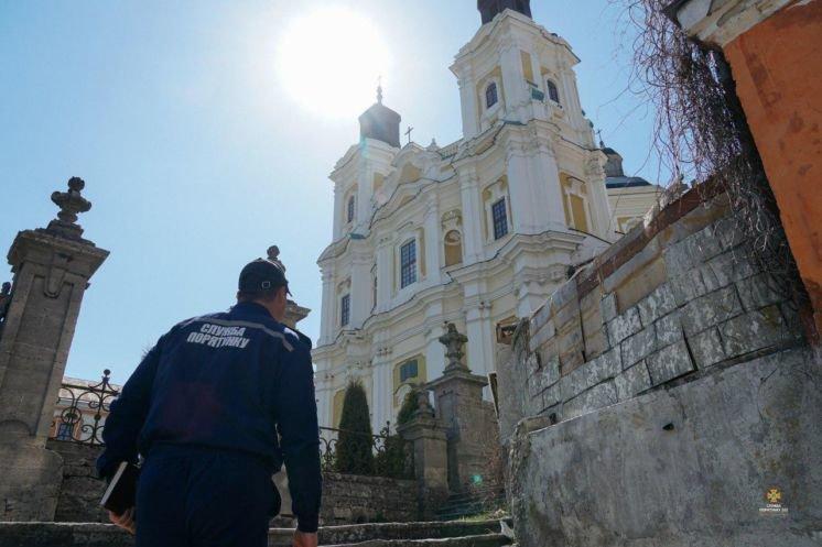 Рятувальники дбають, аби великодні свята пройшли на Тернопільщині без надзвичайних пригод (ФОТО)