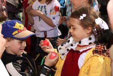 Як відзначили свята на Тернопільщині: на Великдень святили паски і водили гаївки (ФОТОРЕПОРТАЖ)