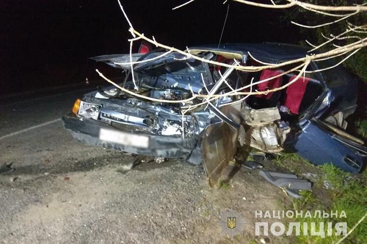 Внаслідок ДТП поблизу Збаража до реанімації з численними переломами потрапило двоє водіїв (ФОТО)