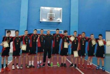 Тернополяни тріумфували у юнацькому чемпіонаті з баскетболу