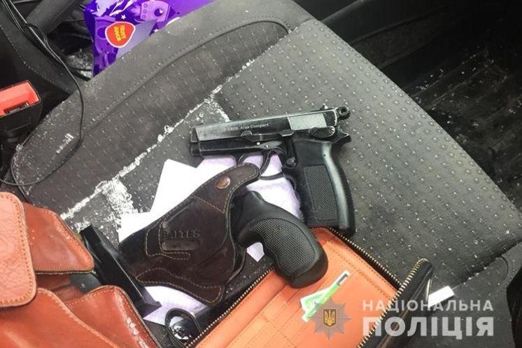Бізнес наркоторговців прикрили оперативники Тернопільщини (ФОТО)