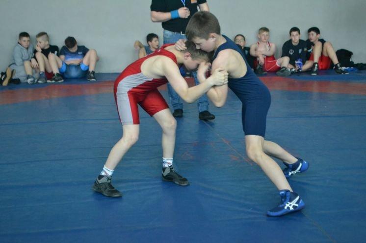 У Тернополі змагались юні борці вільного стилю з усієї області