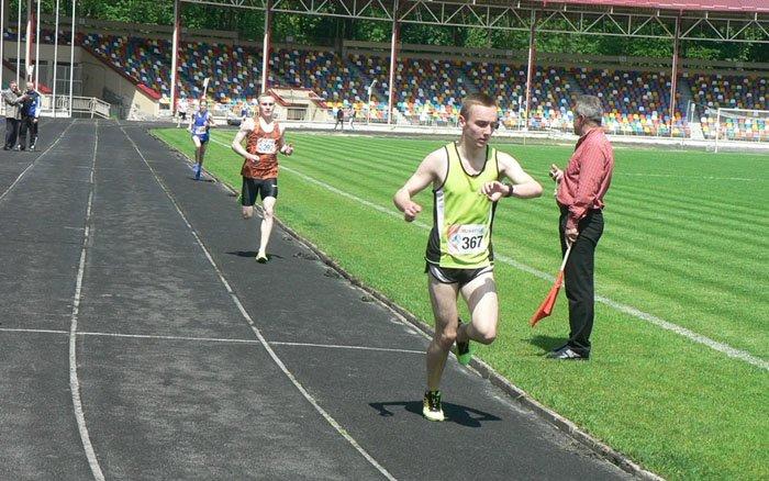 У Тернополі на чемпіонаті області з легкої атлетики виступило 17 команд
