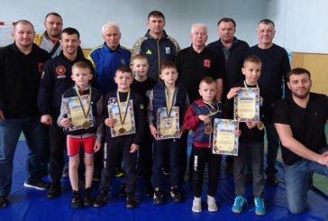 У Тернополі на Всеукраїнському турнірі з вільної боротьби змагалося понад сто юних борців (ФОТО)