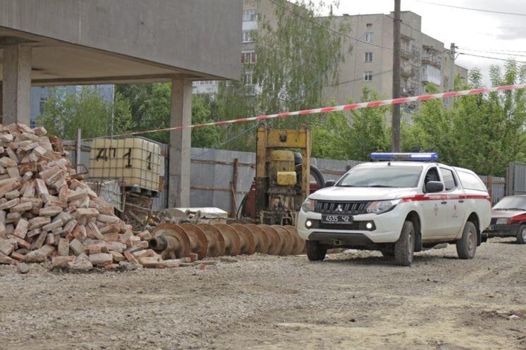 У центрі Тернополя на будівництві виявили авіабомбу часів Другої світової війни (ФОТО)