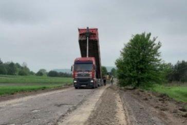 На Шумщині вперше за 40 років ремонтують дорогу Андрушівка-Стіжок (ФОТО)