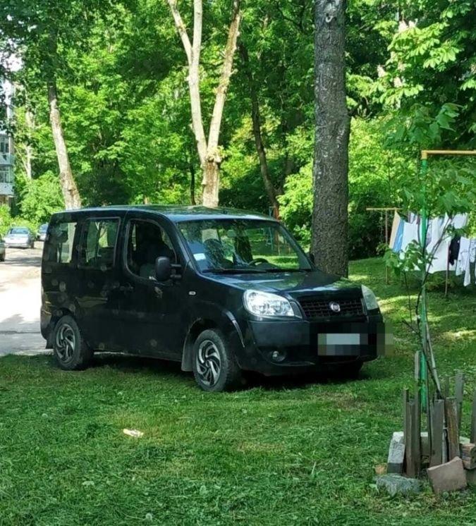 У Тернополі склали 1500 постанов на водіїв за порушення правил паркування