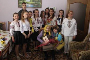 Почала писати вірші після того, як у Тернополі зруйнували церкву: 90-літній ювілей відзначила поетеса Ольга Лилик