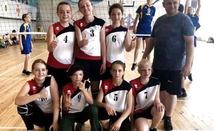 """Тернопільські волейболістки – четверті у фіналі спартакіади """"Повір у себе"""""""