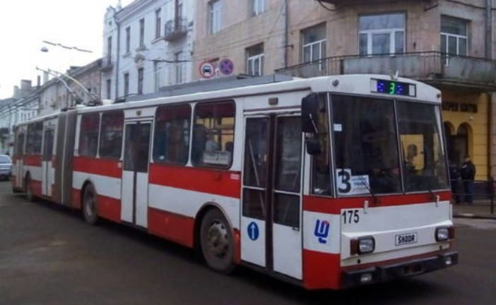 У Тернополі тролейбуси №3 та №5 тимчасово змінять маршрути