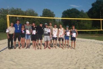 У Ланівцяхз нагоди Дня міста провели турнір з пляжного волейболу серед чоловіків