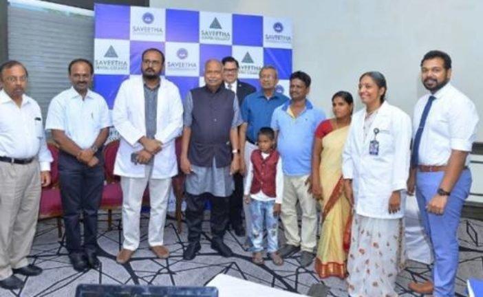 Індійські лікарі видалили хлопчикові 526 зайвих зубів