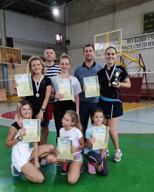 У ТНЕУ відбувся відкритий турнір із бадмінтону «Faine Misto OPEN» (ФОТО)