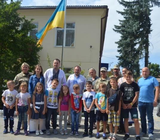 У Тернополі дітям учасників бойових дій вручено «ранець школяра» (ФОТО)