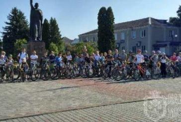 Близько п'ятдесяти учасників долучились до велопробігу «Твоя Незалежність» у Ланівцях