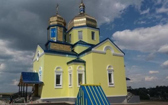 У Снігурівці на Лановеччині освятять новозбудований після пожежі храм