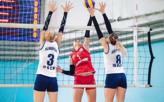 У Тернополі проходить традиційний турнір з волейболу пам'яті Сергія Юрія