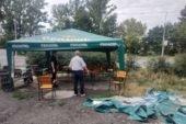 У Тернополі на вулиці Лук'яновича комунальники знесли незаконно втановлену палатку