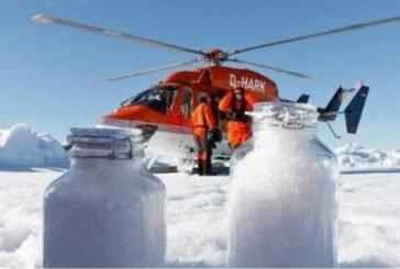 В Арктиці падає сніг з пластиком