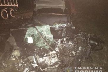 На Тернопільщині водій на ВАЗ загинув врізавшись у автопоїзд (ФОТО)