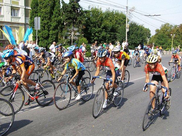 У Тернополі вже двадцять п'ятий раз поспiль проведуть велоперегони пам'яті Володимира Філіпенка
