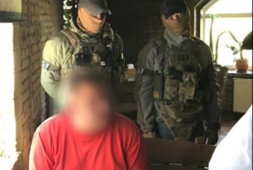 Тернополянин вимагав від місцевого забудовника $25000 та документи на житло (ФОТО)
