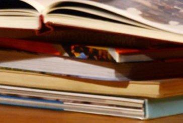 Лікар, якому допомагає зцілювати поезія: тернопільський травматолог Володимир Мацюк видав десяту книгу своїх творів