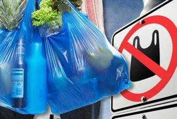 Чи заборонять у нас пластикові пакети?