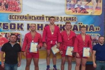 Студенти-спортсмени ТНЕУ на молодіжному Кубку України з боротьби самбо завоювали шість золотих медалей та одне «срібло» (ФОТО)