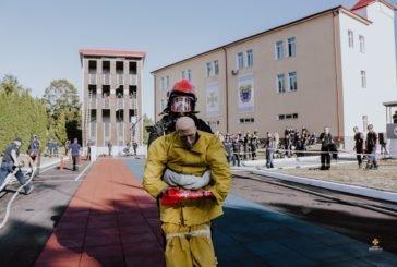 У Тернополі обирали найсильнішого пожежника-рятувальника області (ФОТО)