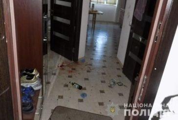 Безлад у квартирі та залита кров'ю підлога: троє студентів-іноземців побили та пограбували африканця (ФОТО)