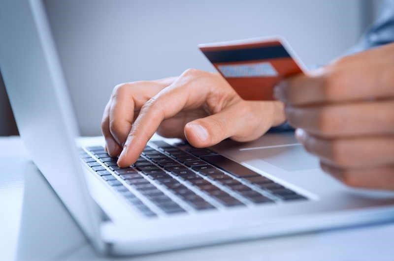 Продаж телефону через Інтернет закінчився для тернополянина шахрайством