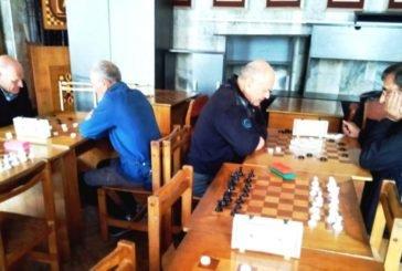У Тернополі відбувся відкритий обласний турнір з швидких шахів та шашок серед чоловіків