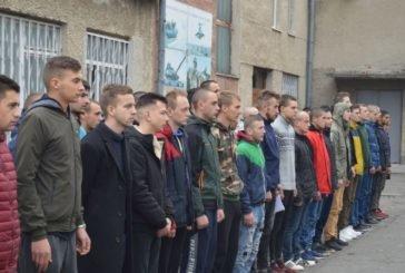Понад 40 юнаків з Тернопільщини урочисто провели на строкову військову службу