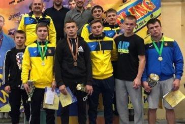 Тернопільскі борці здобули в Харкові дві золотих, одну срібну та одну бронзову медалі