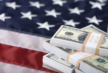 Дефіцит бюджету Штатів сягнув маже трильйона доларів