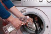 Чому у пральну машинку варто лити оцет