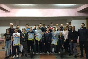 Тернопільська ОДЮСШ провела особистий чемпіонат з важкої атлетики серед юнаків та дівчат