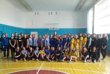 Школярки із Підволочиської ОТГ на Тернопільщині змагались у волейболі