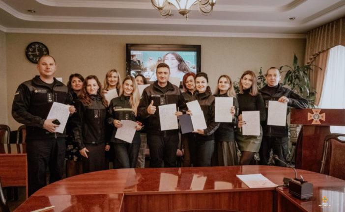 Як тернопільські рятувальники писали Всеукраїнський диктант єдності (ФОТО)