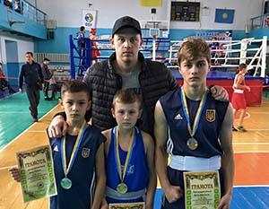 Юні боксери з Тернополя завоювали на турнірі у Кам'янець-Подільському «золото», «срібло» і «бронзу»