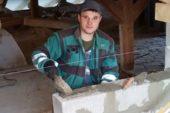 Історія успіху: колишній воїн з Бережан зайнявся ремонтно-будівельними роботами (ФОТО)