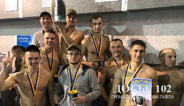 Тернопільські правоохоронці успішно виступили на Відкритому чемпіонаті з плавання пам'яті воїна АТО Юрія Горайського в Тернополі