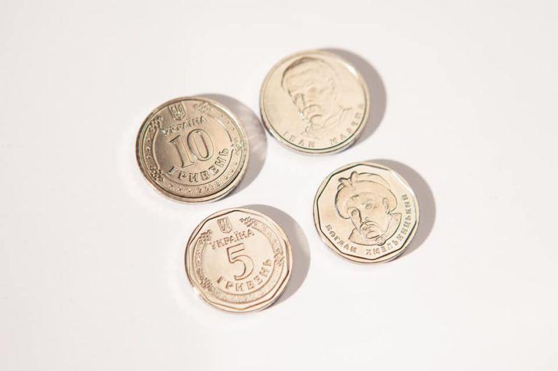 Скоро з'являться нові 5 і 10 гривень