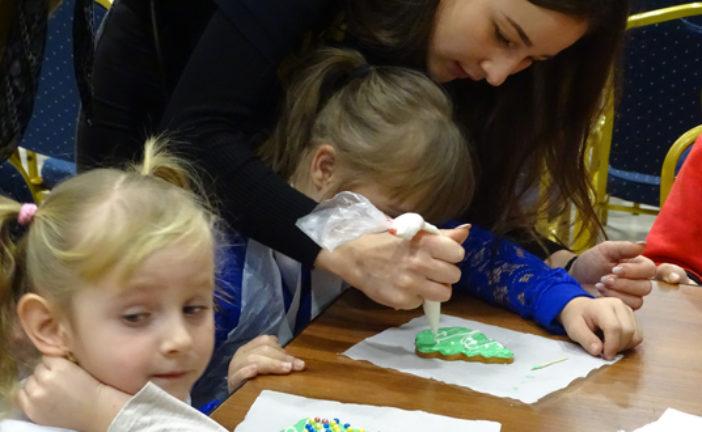 Студенти юрфаку ТНЕУ долучилися до фестивалю дитячої творчості для дітей з інвалідністю «З вірою в майбутнє» (ФОТО)