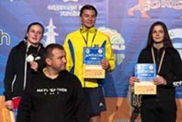 Тернополянки Олеся Крисюк та Каріна Вовк вибороли срібну і бронзову нагороди чемпіонату України з боксу