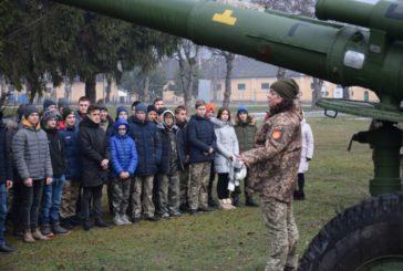 Артилеристи Тернопільської військової частини провели екскурсію для учнів Підволочиського району (ФОТО)