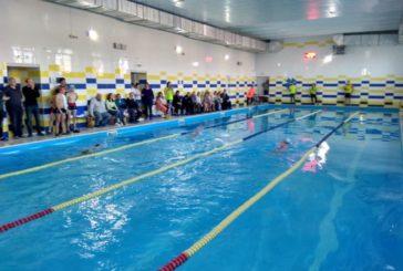 У Козові на Тернопільщині школярі змагалися в плаванні (ФОТО)