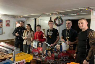 У Кременці провели передноворічний турнір з армспорту (ФОТО)